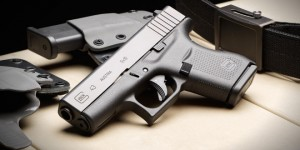 glock_43_g43_single-stack_sub-compact_pistol_for_combat_tactical_and_concealed_carry_ccw_applications_5-660x330